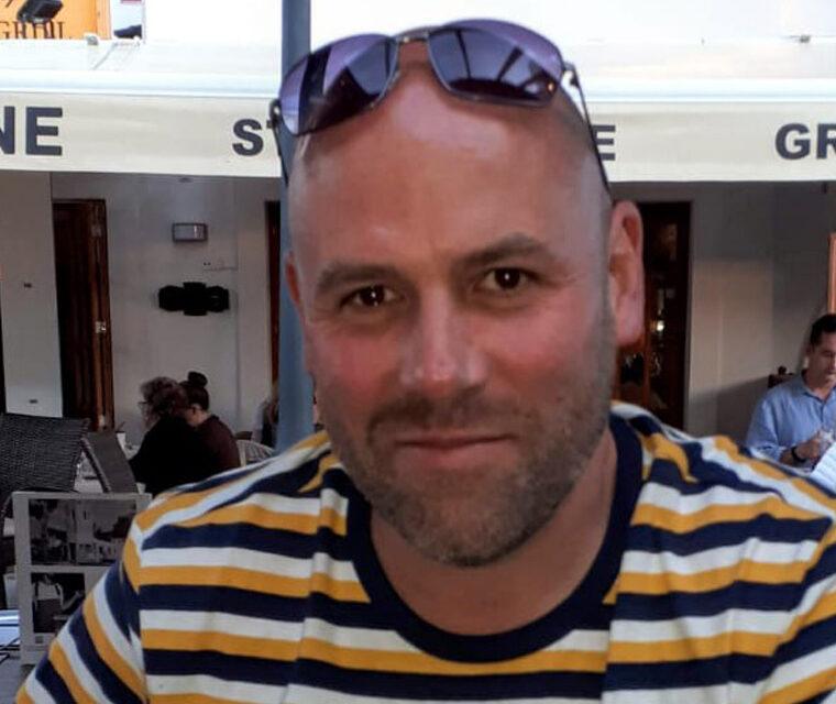 Photograph of Jason Mortimer
